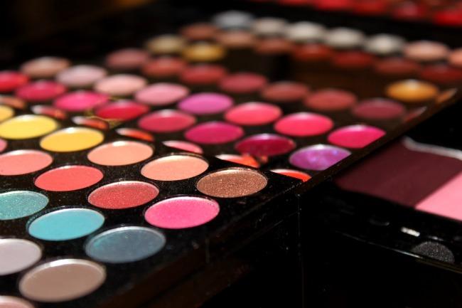 Comment je me sers des palettes de maquillage - Meilleure palette maquillage ...