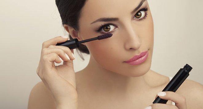 maquillage-yeux-mascara-large